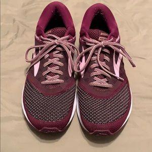 Brooks revel shoes